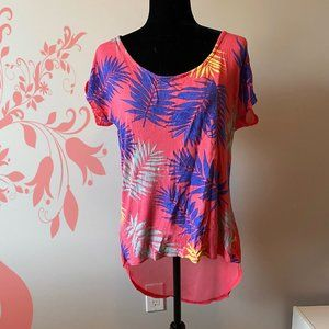 Candy Couture High Low Coral Top Leaves sz Large